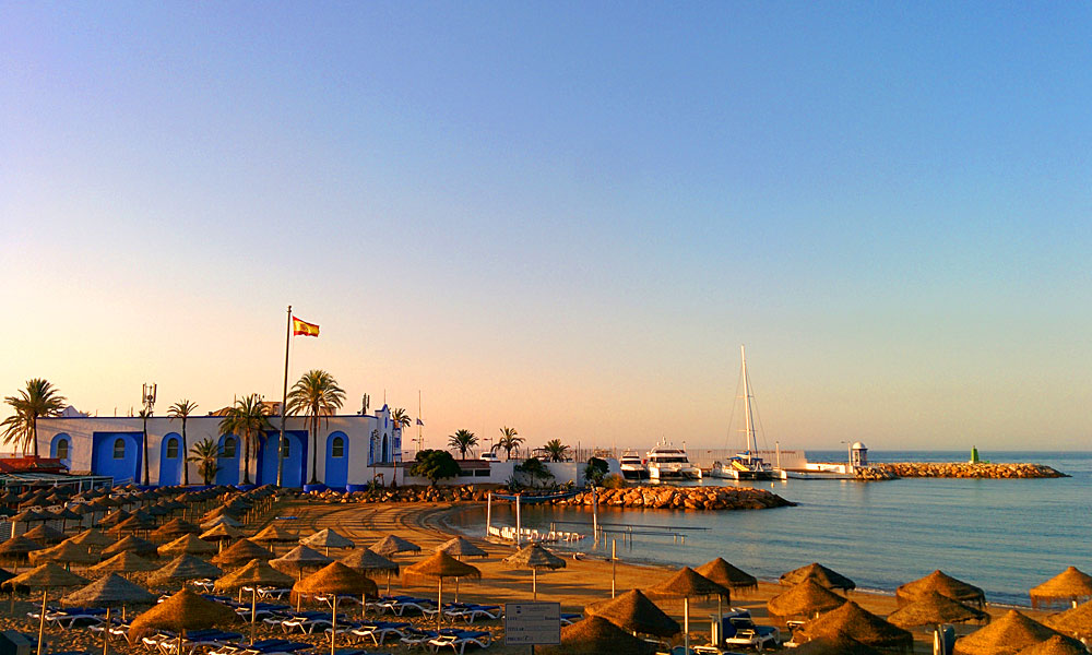 things to see and do in Marbella - Enjoy the spectacular beaches in the centre of Marbella