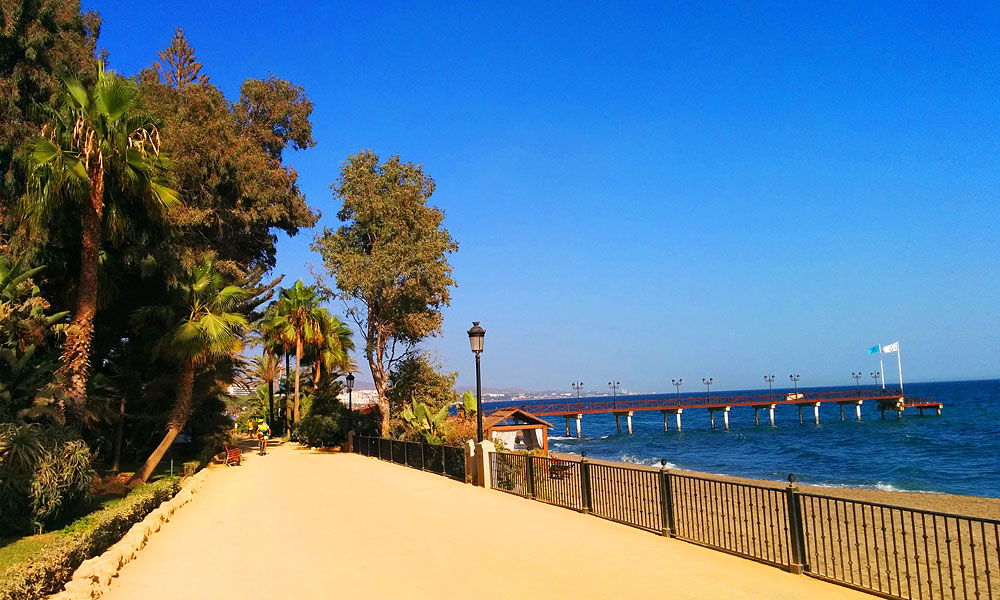 things to see and do in Marbella - Walk from Marbella to Puerto Banús